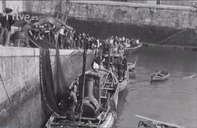 Descargando la pesca Procedencia de la il.: Captura del documental